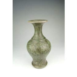 One Longquan Ware Porcelain Vase with flower pattern Yuan Dynasty