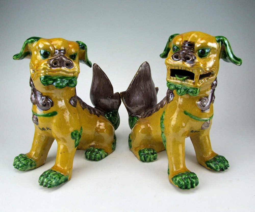 Plain Tri Colored Porcelain Foo Dogs
